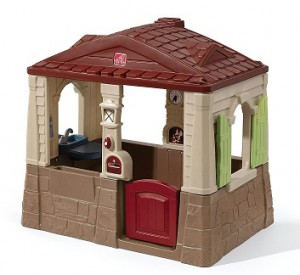 best outdoor playsets for kids Step2 Neat and Tidy Playhouse